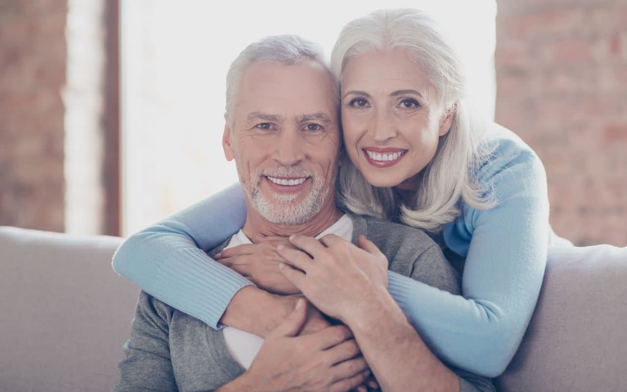 smile-with-freedom-dental-implants-101