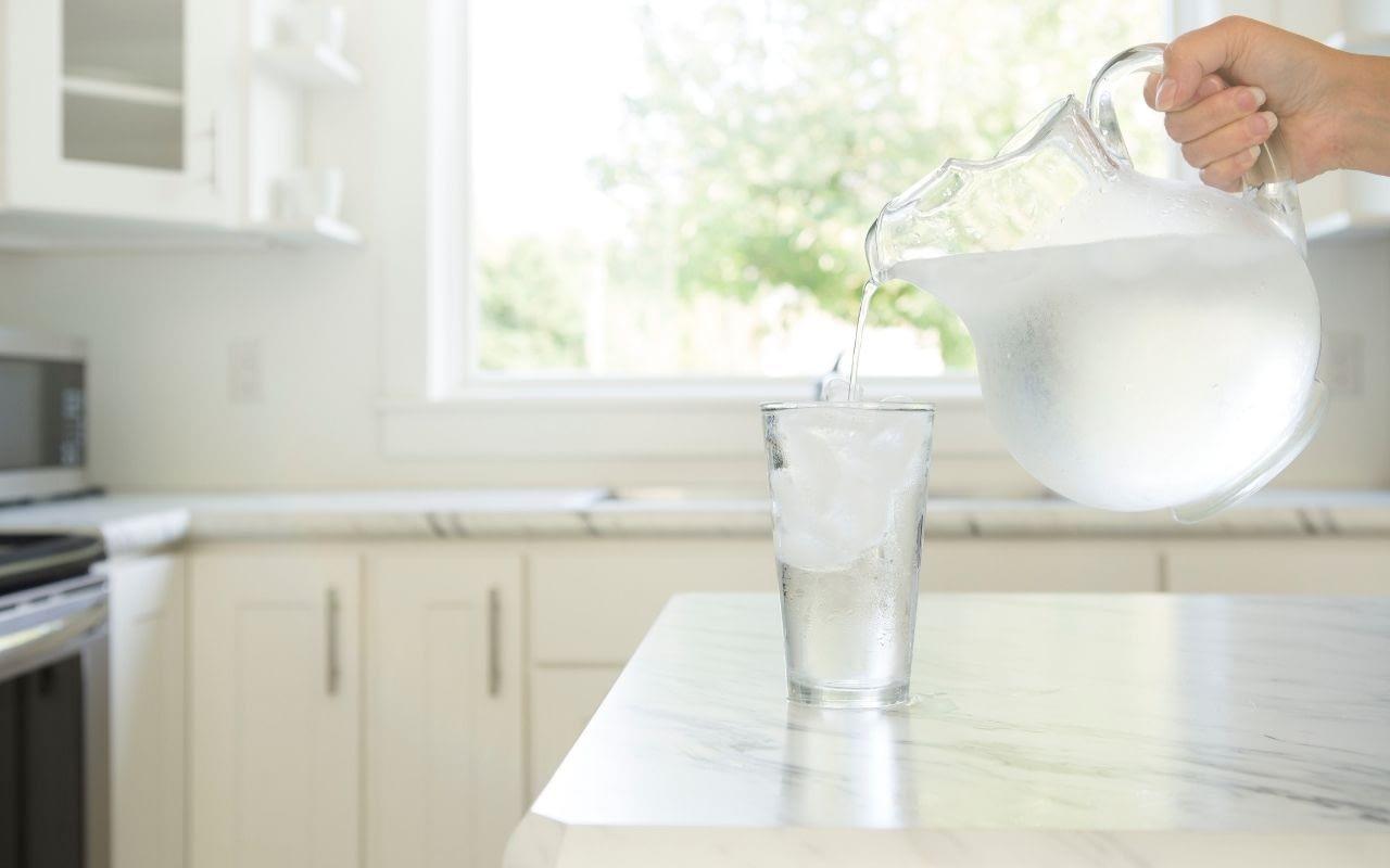 water-foods-that-whiten-teeth-Bradford-Family-Dentist