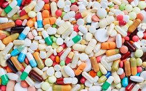 medication-dry-mouth-Valentine-bad-breath-Bradford-Dentist