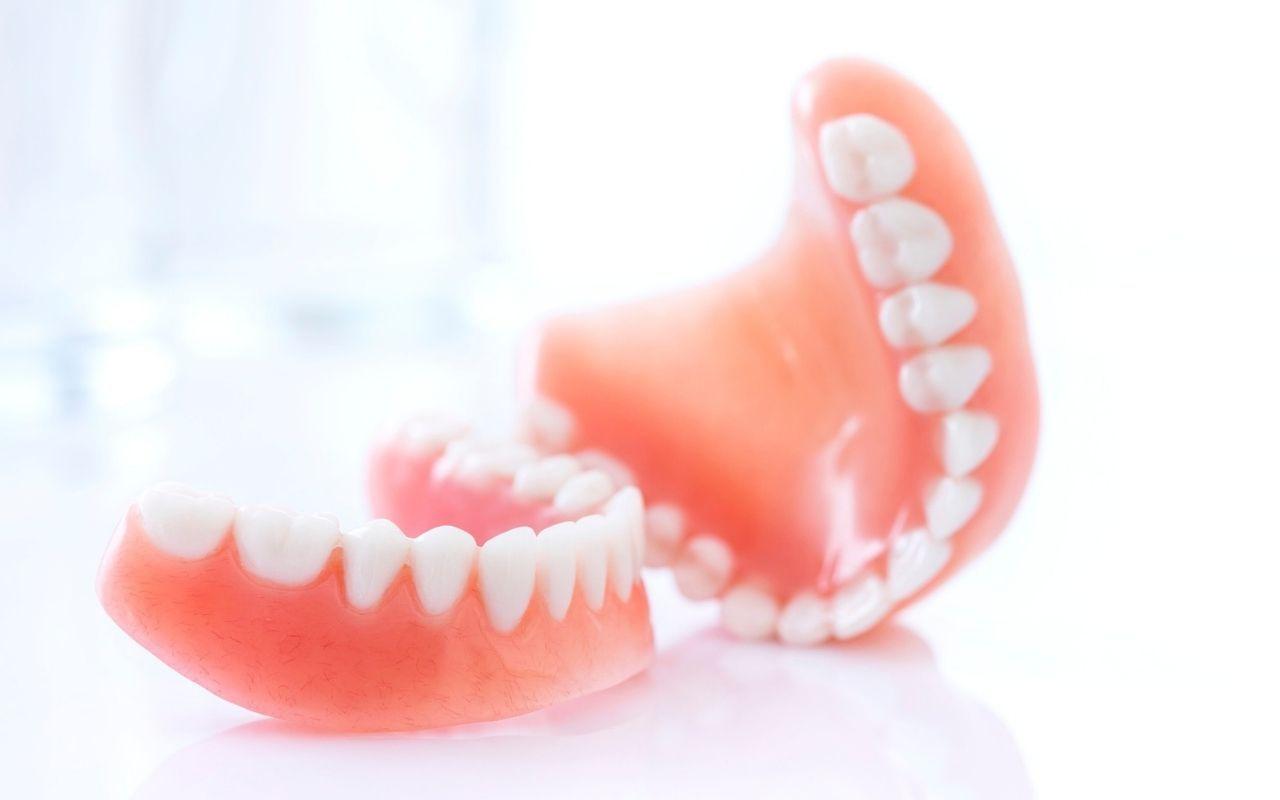 dentures-Bradford-Dentist