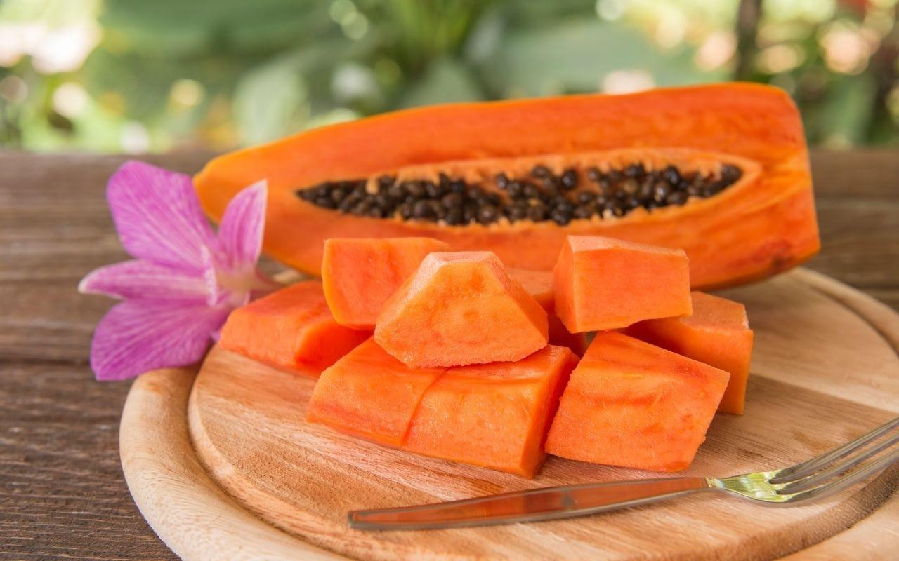 papaya-foods-that-whiten-teeth-Bradford-Dentist