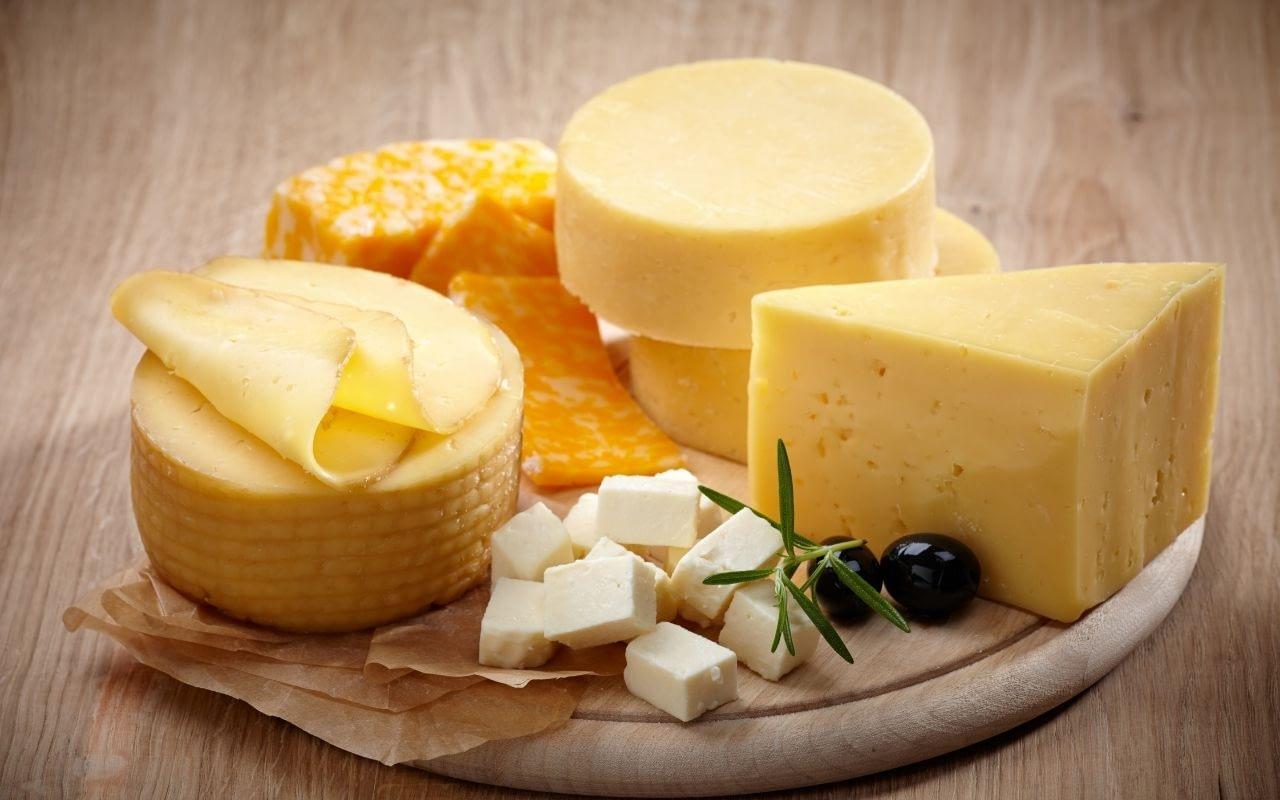 cheese-foods-that-whiten-teeth-Bradford-Dentist