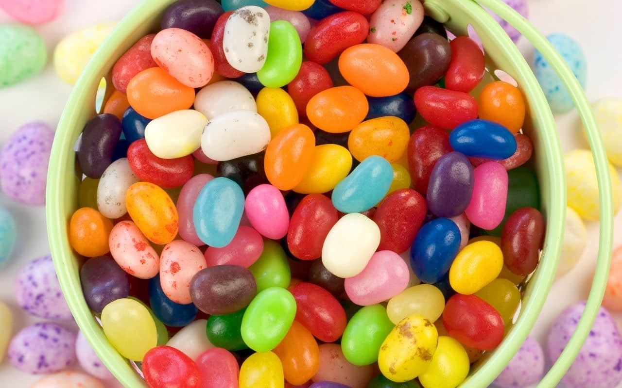 avoid-sticky-candy-tooth-decay-Bradford-Family-Dentistry